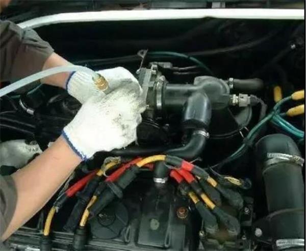 汽车维修工应具备的基本素养是什么?